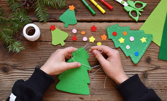 Christmas themed workshops